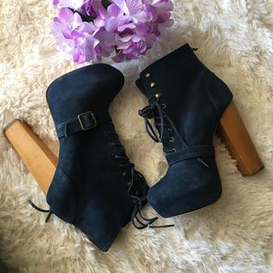 Steve Madden Carnaby Boots